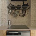 タイルを使ったモザイク調なキッチン。機能性とデザイン性を両立したキッチンです。